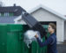 Mange bestiller container i disse dager, både boligselskaper og privatpersoner ser sitt snitt til å rydde. Foto: Ragn-Sells